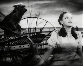 280px-Judy_Garland_Over_the_Rainbow_2